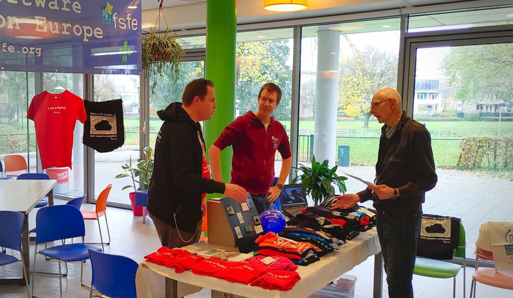 FSFE stand at NLLGG booth in Utrecht (NL) on 16th November 2019