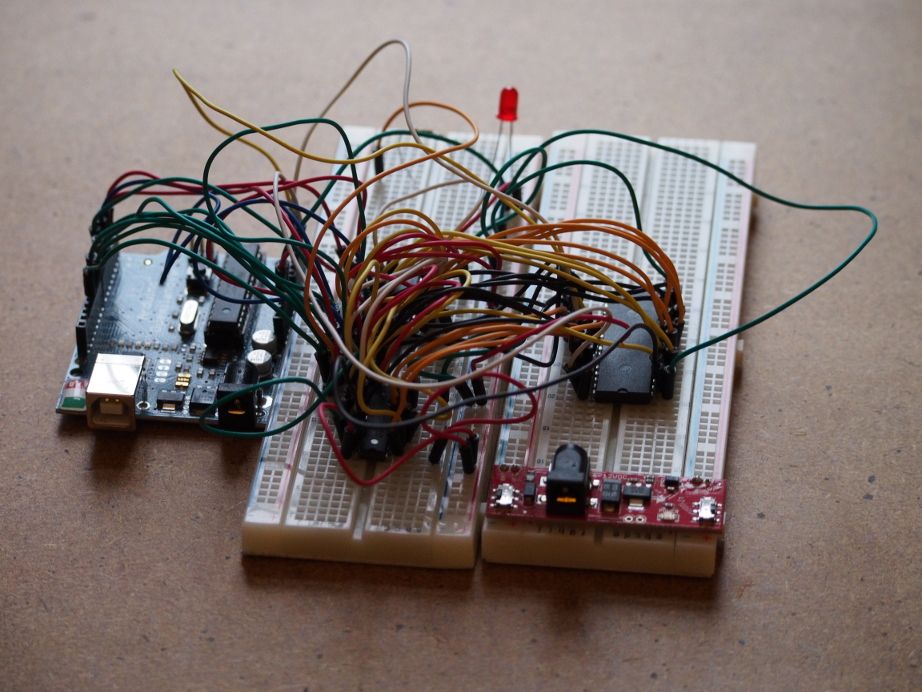 The breadboard circuit with the Arduino and ICs